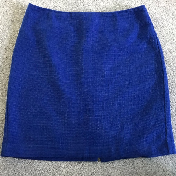 Banana Republic Dresses & Skirts - Banana Republic Cobalt Blue Skirt (Size 4)